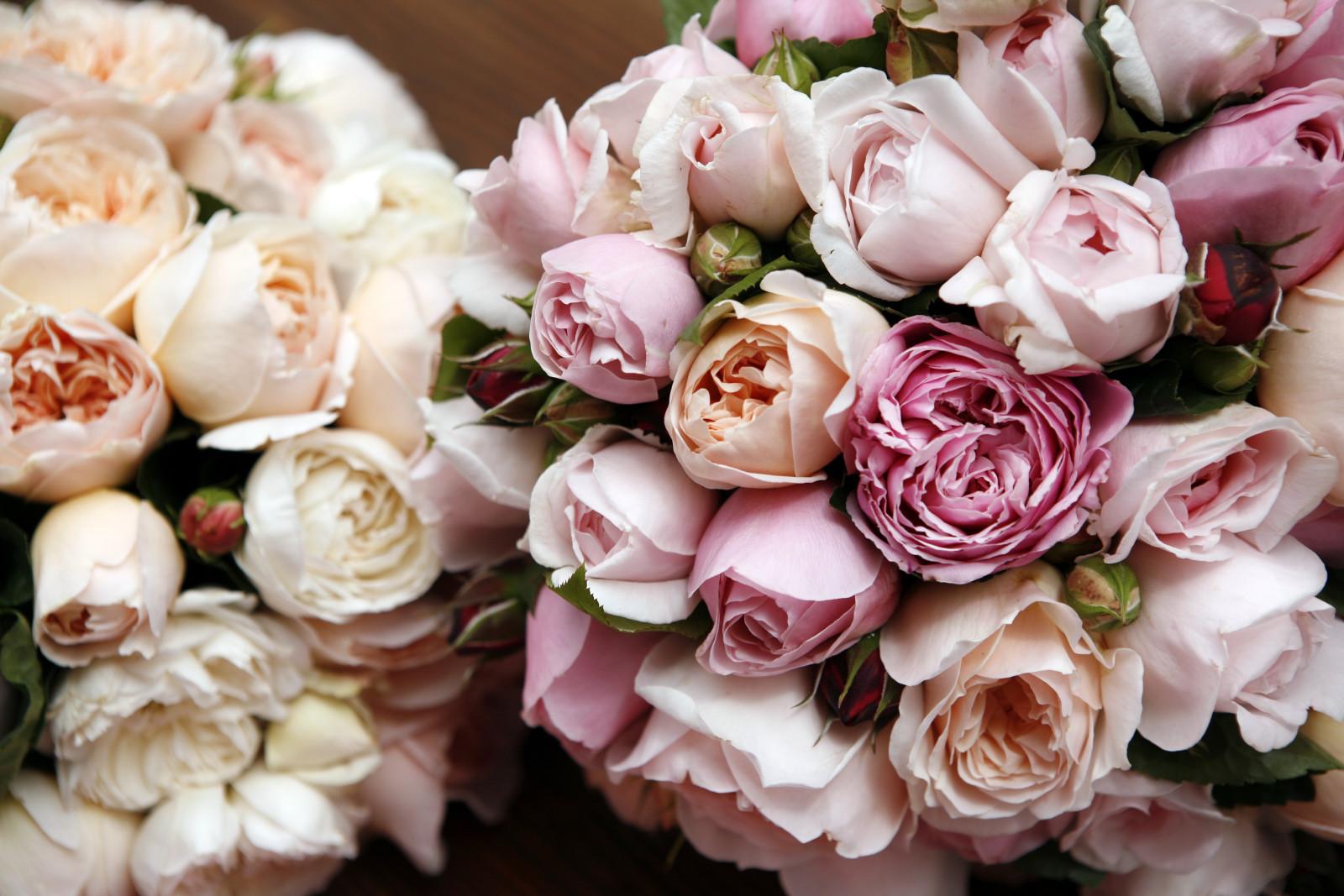 Доставка цветов живые искусственные подарок для девочки подростка на 8 марта